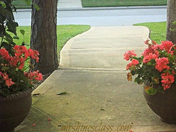 outdoor living, seasonal decor, spring decor, front porch