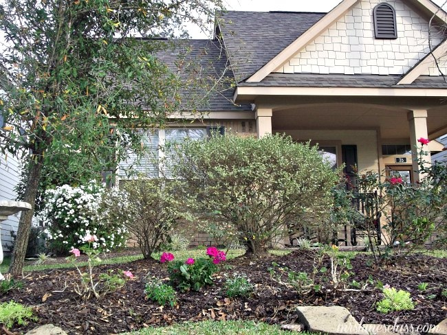 Get Easy to Follow Garden Design and Landscaping Tips at www.sharonehines.com
