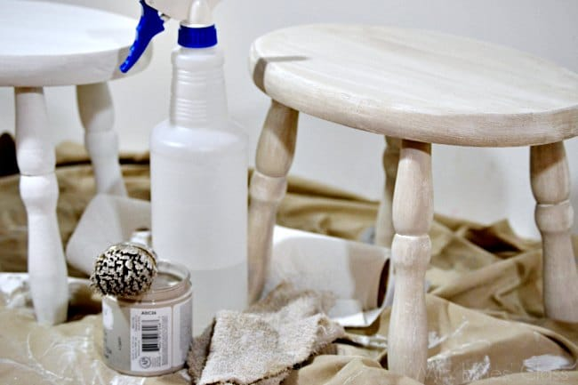 vintage stool makeover/ Learn how to create a Color Wash with #chalkyfinish paint / www.sharonehines.com #ad #decoartprojects