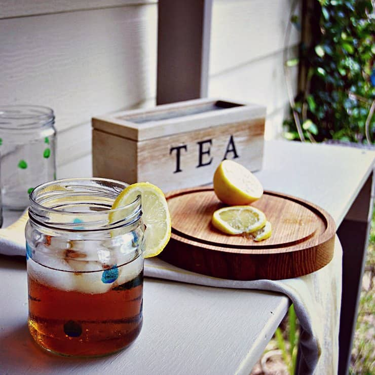 Save your empty glass jars for the BEST container ideas, like making a cute set of glasses. Get more clever ideas at Sharon E. Hines where we're teaching you how to create a home and life you love.
